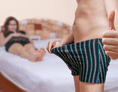 У мужчины большой пенис